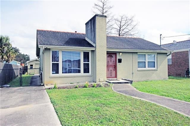 5789 Vermillion Blvd New Orleans La 70122 Renting A House Building A House Find Real Estate