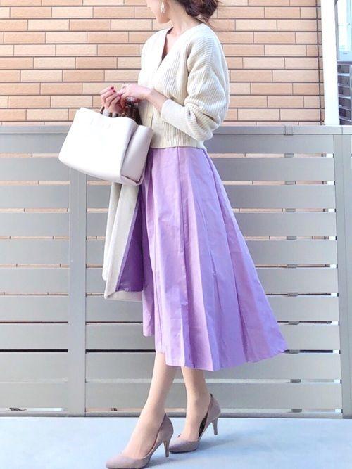 apart by lowrysのカーディガン「【洗濯機で洗える】5GCAラメ2WAYカーディガンLS 780417 」を使ったhononのコーディネートです。WEARはモデル・俳優・ショップスタッフなどの着こなしをチェックできるファッションコーディネートサイトです。