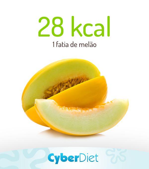 O melão tem pouquíssimas calorias, é uma excelente fonte de hidratação, ajuda no combate ao inchaço e também é ótimo para minimizar os sintomas da TPM! Que tal incluir no seu café da manhã? Mais dicas como essa em: https://facebook.com/cyberdietoficial