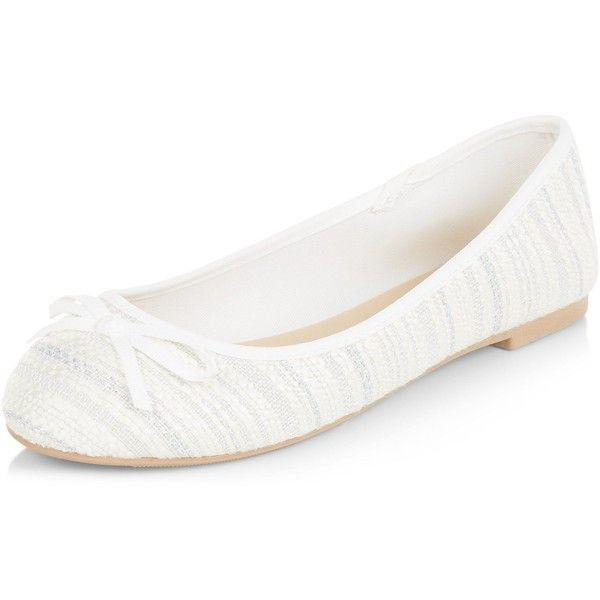 New Look Wide Fit Cream Metallic Stripe Ballet Pumps ($15) ❤ liked on Polyvore featuring shoes, winter white, skimmer shoes, ivory shoes, wide shoes, ivory ballet shoes and striped shoes