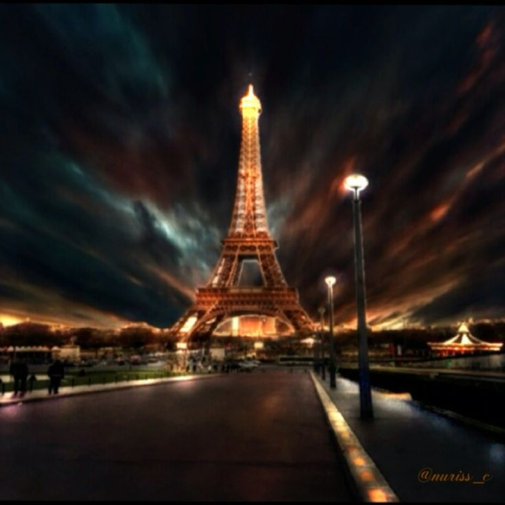 Eifel Tower edited by me. ❤️❤️  https://itunes.apple.com/us/app/id694221122