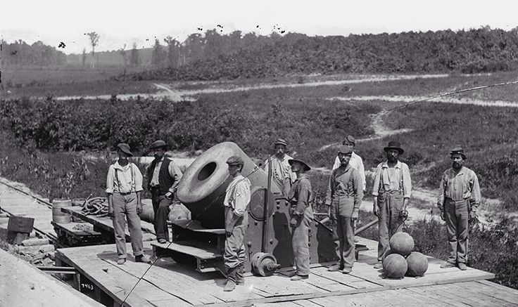 The siege of Petersburg: A 13-inch mortar 'Dictator' in front of Petersburg