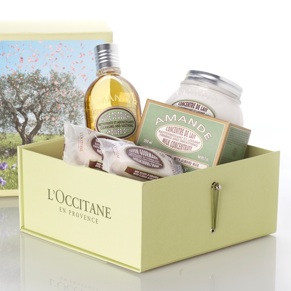 Lu0027Occitane   Amande   The Best Shower Oil And Hand Lotion