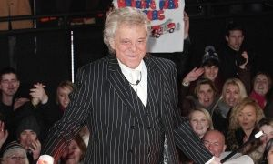 GirlWhisper - Celebrity Big Brother: Lionel Blair is the third to be voted out
