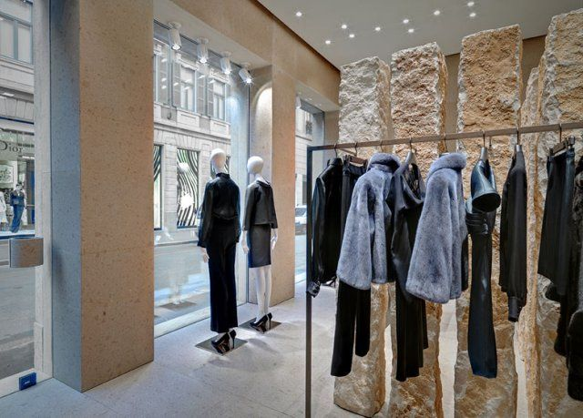 Beautiful-and- luxurious-boutique-stores- design-projects- 2014-Giada-Milan-flagship