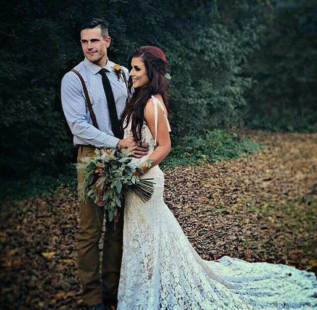 679 best chelsea houska fan teenmom2 images on pinterest for Chelsea houska wedding dress designer