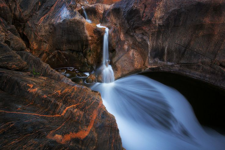 500px / Jaggedly Smooth by Dylan Toh & Marianne Lim