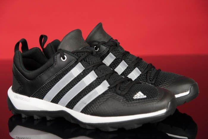 Herrenschuhe Adidas sind durch einen schlanken Schuh gekennzeichnet komplett aus atmungsaktivem Textilmaterial, so dass der Fuß mit ausreichender Belüftung versehen sein.   #sportschuhe #schuhe #herrenschuhe #damenschuhe #laufschuhe #sport