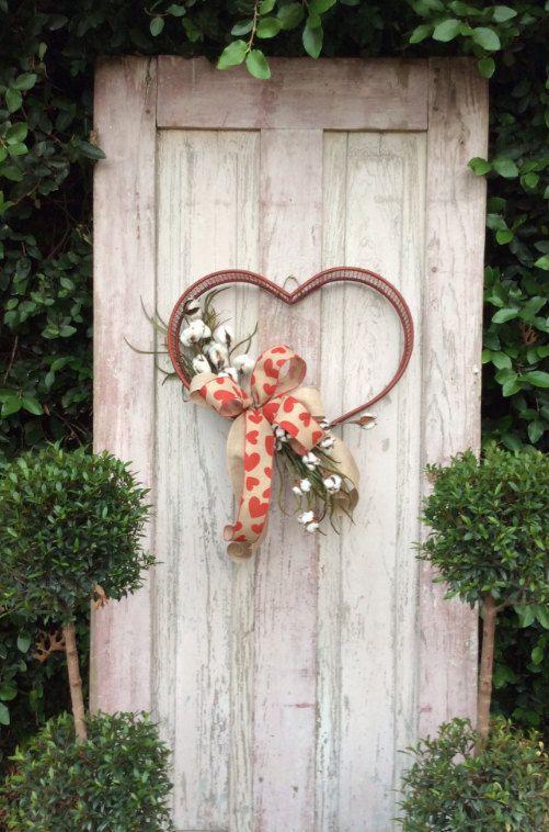 Valentine Door Hanger Valentine Wreath Heart Wreath by Keleas
