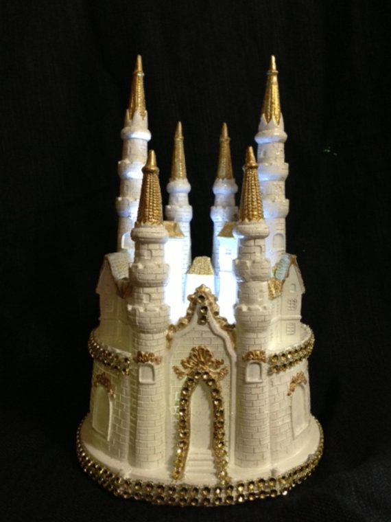 Cinderella Castle Lighted Cake Topper In White And Gold