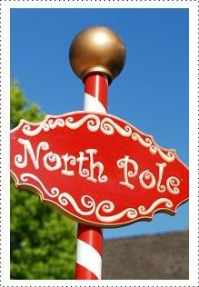 north pole sign using PVC pipe and spray paint....wow! I wonder if my husband would pass out if I did this??? ;)