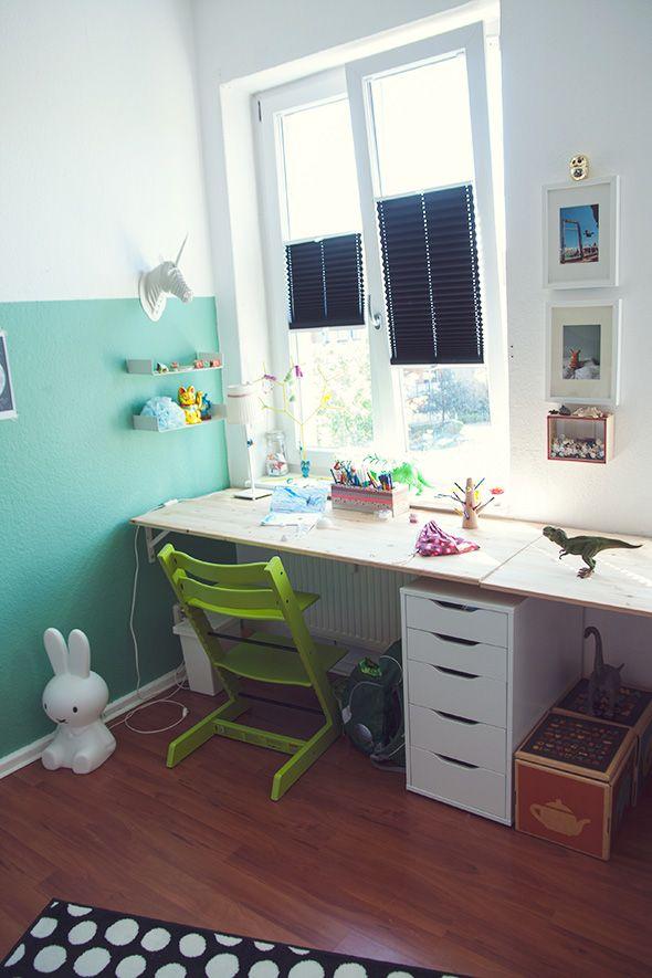 Die besten 25+ Kinder schreibtisch Ideen auf Pinterest ... | {Kinderzimmer schreibtisch 25}