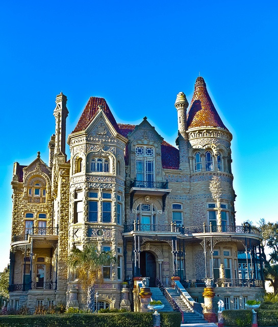 2008 Idea House In Galvestion Texas: Bishop's Palace, An Ornate, Castle-like Victorian Style