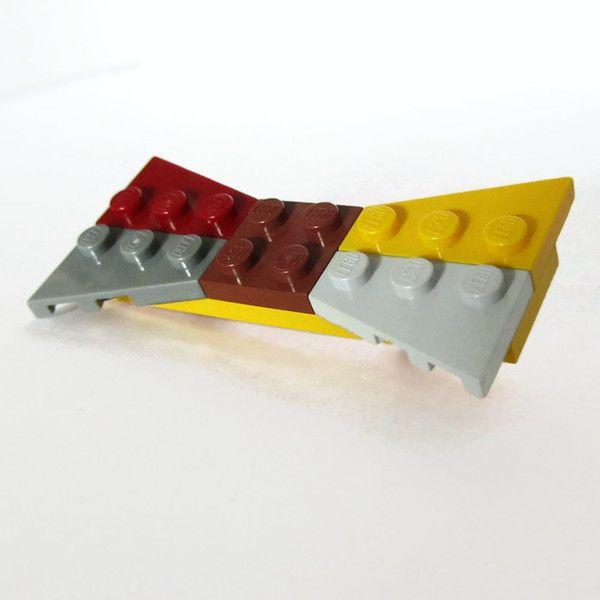 Καρφίτσα Παπιγιον πολύχρωμη από τουβλάκια LEGO®