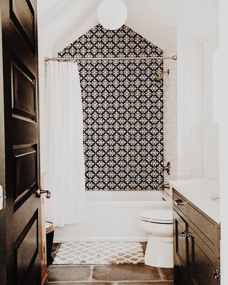 Follow Me On Instagram And Pinterest Mari Fd Bathroom Design Bathrooms Remodel Black Bathroom