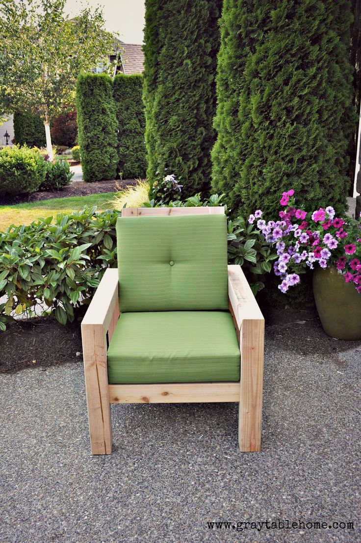 Best 25+ Rustic outdoor chairs ideas on Pinterest   Rustic outdoor ...