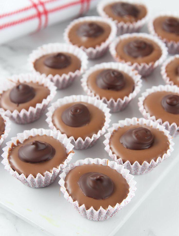 Toffifee. Drömgott julgodis med kola, choklad och nötter (kan uteslutas).