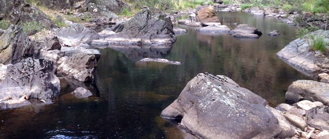 This Spanish Onion and Lerderderg Track hike explores the Lerderderg River via the Spanish Onion and Lerderderg Tracks. Commencing at the end of Lerderderg Track off O'Briens Road.