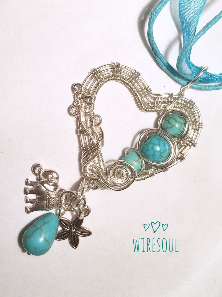 Wire wrapped pendant, wire jewerly, heartshape wire pendant, turquoise, magnezite