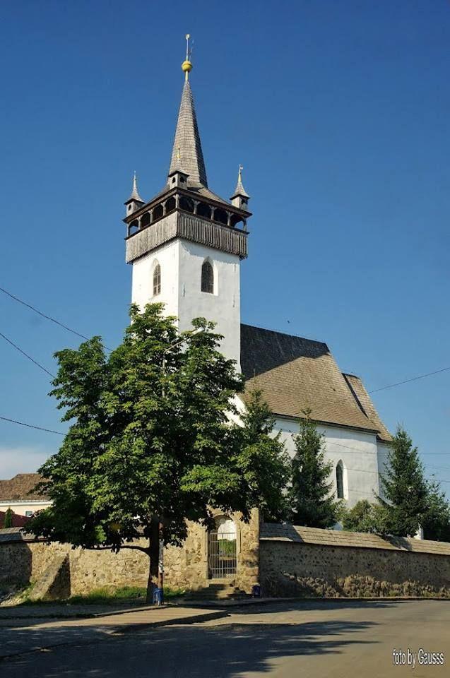 https://www.facebook.com/patriotaeuropa/photos  Fazsindelyes református templom - Huszt - Kárpátalja