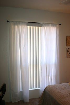 Honeybee Vintage: Flat Sheet Curtains  Love this idea bc I never use flat sheets & you get instant matching curtains!!! :)