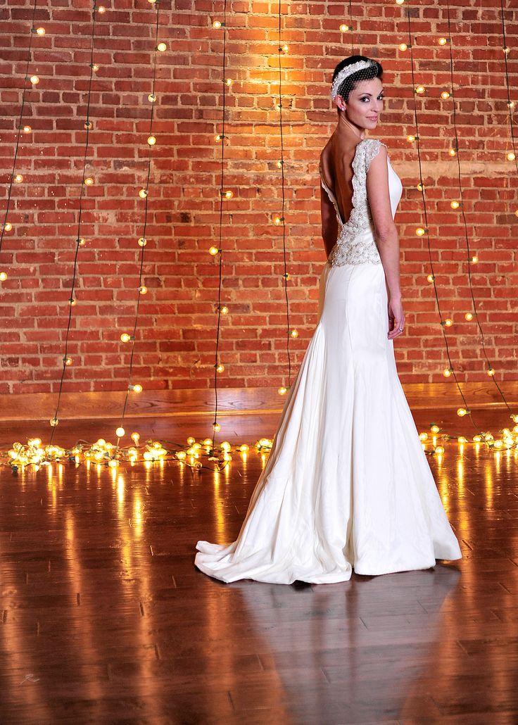 Capitol Theatre Tennessee | Karen Hendrix Couture | Red Griffin Entertainment | Wedding | Bridal | Events | Tori Wharton Photography
