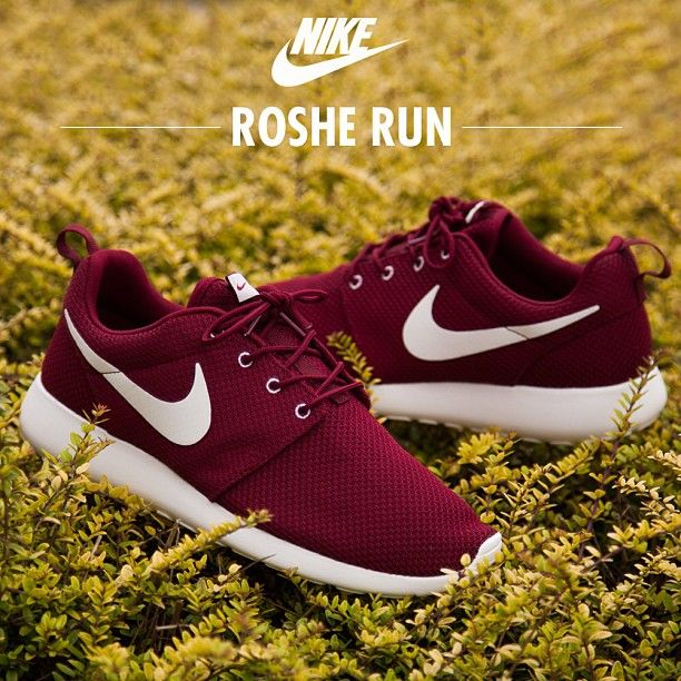 121d1f113277 Cheap Buy Best 25+ All red roshe run ideas on Pinterest