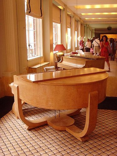 https://flic.kr/p/5oeuK5 | The Lansdowne Club piano 1930s: London art deco interior | Original art deco interior - what a good looking piano. What a fantastic building. Half 18th century and half 1930s. Robert Adam house, partly demolished in 1931 and reconstructed as a club house in the Art Deco style, retaining 5 original rooms. Visited as part of Open House
