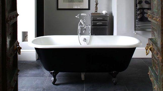 les 25 meilleures id es concernant baignoire sur pattes. Black Bedroom Furniture Sets. Home Design Ideas