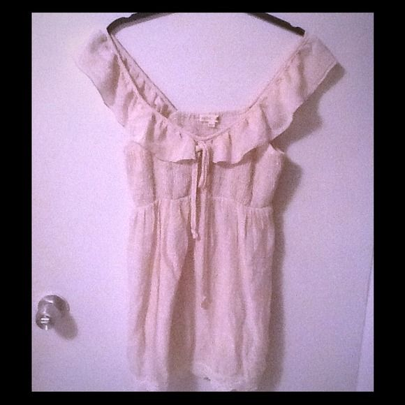 Beige smock babydoll empire waist top Smock top. Stretch. Lace detail. Ties in top. A classic. Size large. May also fit medium. Cotton and rayon blend. Thanks Tops