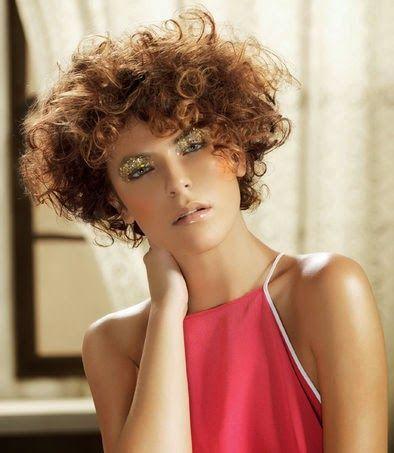 Blog sobre Moda del Cabello,luciendo de la manera mas sencilla y correcta sin importar la edad o el género.