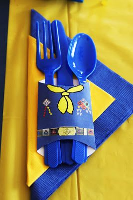 Blue & Gold Silverware Holder Printable idea - This site has a lot of great Cub Scout Ideas and neckerchief slide ideas compliments of Akela's Council Cub Scout Leader Training: Utah National Parks Council has planned this exciting 4 1/2 day Cub Scout Leader Training. This fast-paced and inspiring training covers lots of Cub Scout Info and Webelos Outdoor Experience, and much more.