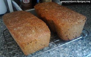Home-made bread/Chleb mieszany na zakwasie