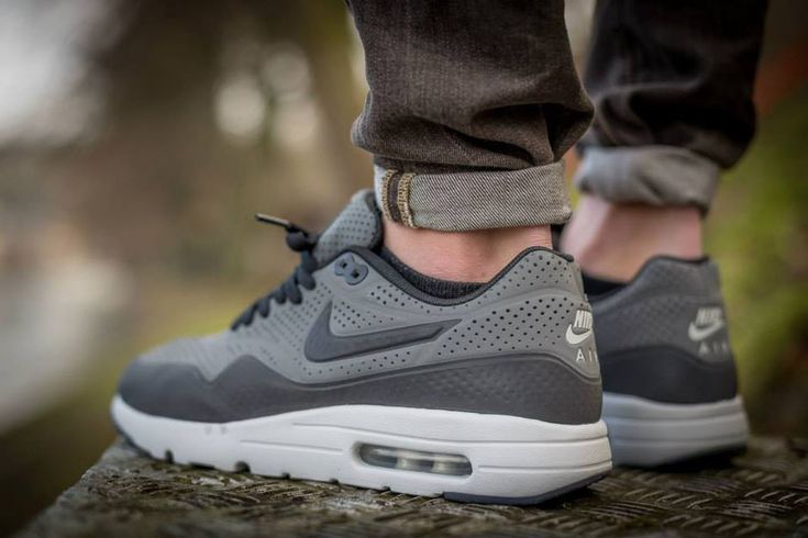 An On-Feet Gallery of the Nike Air Max 1 Ultra Moire - SneakerNews ...