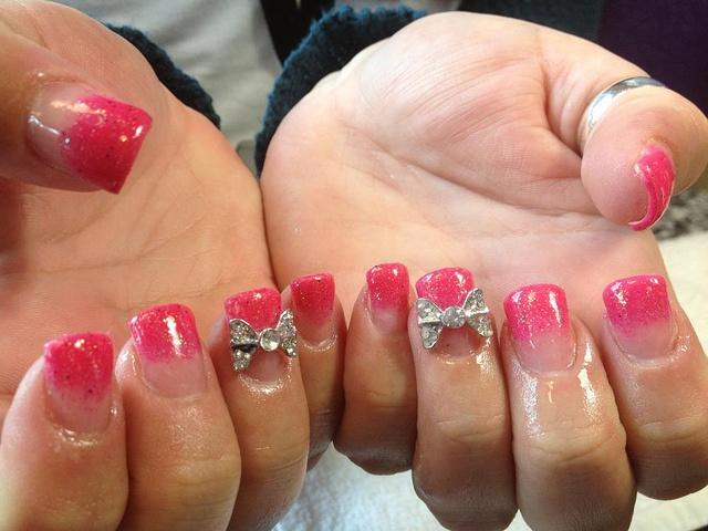 girly pink bow nails
