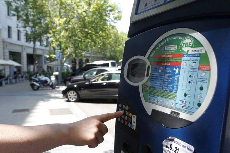Los no residentes no podrán aparcar este lunes en la zona SER en Madrid