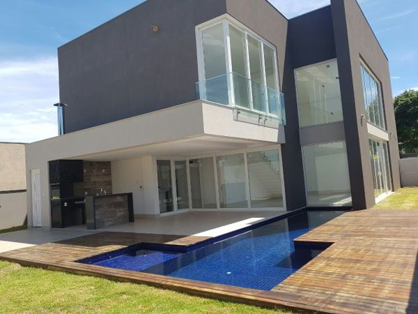 Compre Casa de Condomínio com 4 Quartos e 312 m² por R$ 1.799.999 na Avenida Érico Preza, 512 - Jardim Itália - Cuiabá - MT. Fale com JOSY CACERES IMOVEIS.