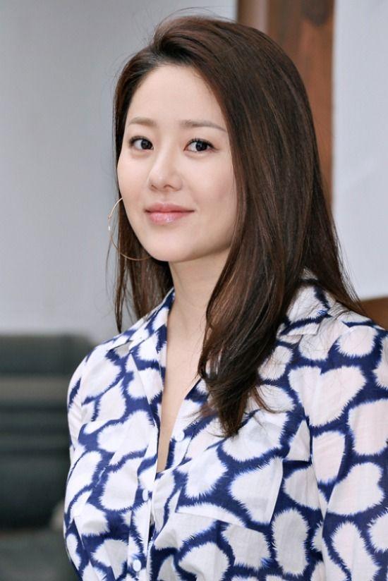 고현정 | Go Hyeon Jeong (Ko Hyun Jung) The Queen's Classroom (MBC, 2013) Dae Mul (SBS, 2010) Queen Seon Duk (MBC, 2009)