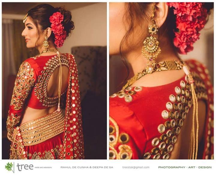 Love the saree blouse or choli design!