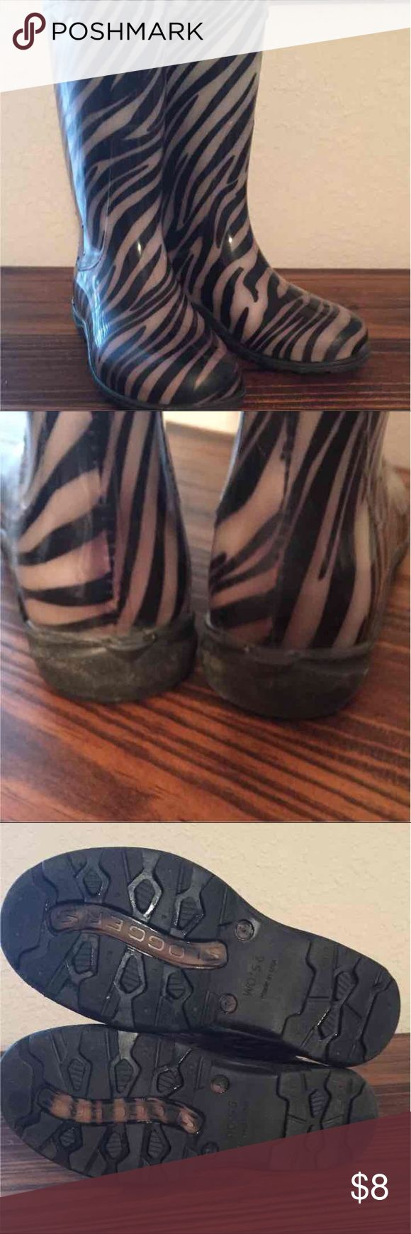 Size 6 Zebra Slogger Rain Boots These boots are super comfortable!! Last picture shows wear on the insoles. sloggers Shoes Winter & Rain Boots