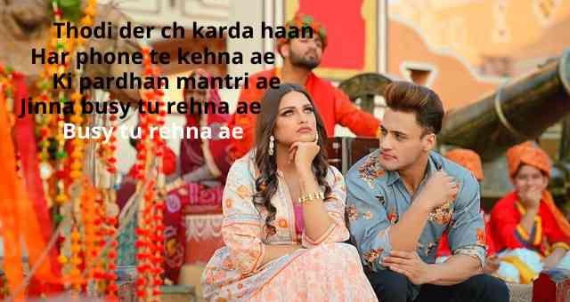 Kalla Sohna Nai Lyrics Hindi Asim Riaz Himanshi Khurana Neha Kakkar In 2020 Songs Lyrics Lyrics Website