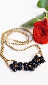 RoszaArt black flowers necklace beads glass