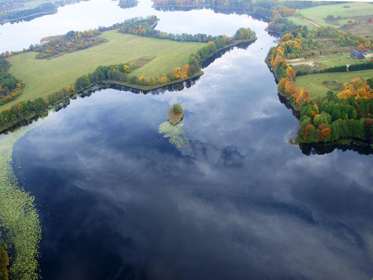 Jezioro Inulec w Zełwągacg