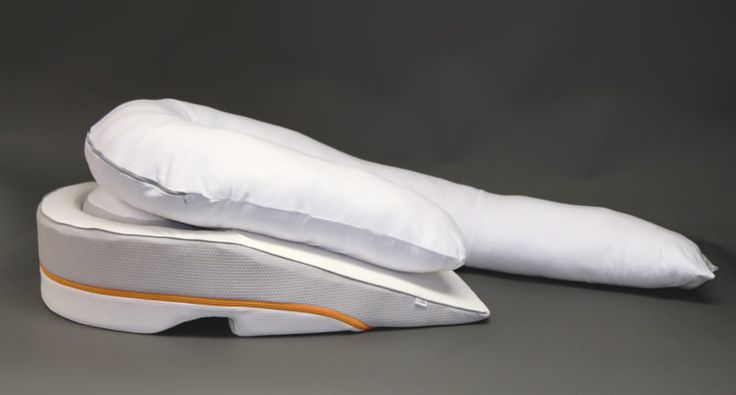 If you suffer from acid reflux at night, you may get relief in an unexpected way: by sleeping on a specially designed pillow.