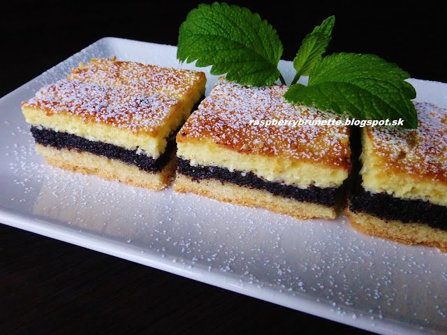 Krehký makový koláč s tvarohovým pudingom