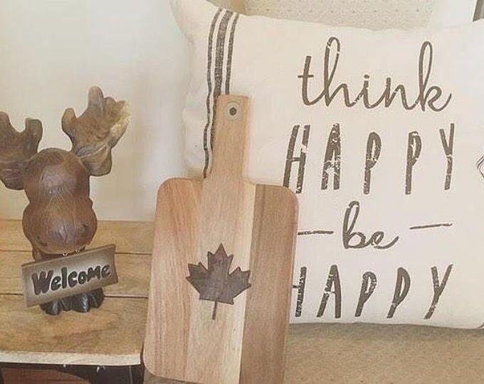 Canadian Cutting Board, Canadian Decor, Maple Leaf Decor, Canada Themed Decor, Maple Leaf Design, Canadian Art, Canadian Kitchen