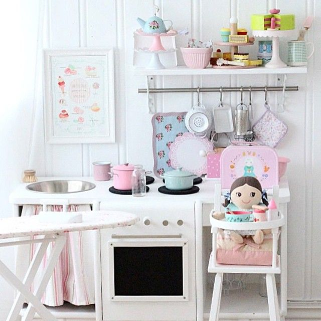 1000 images about enfants on pinterest kids rooms girl for Girls play kitchen
