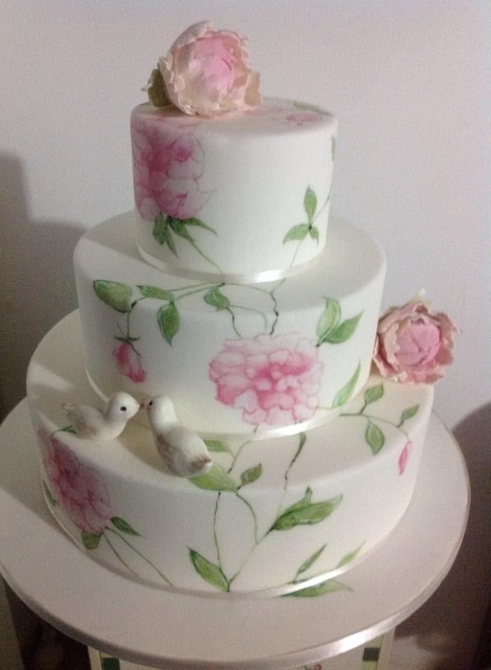 Painting wedding cake