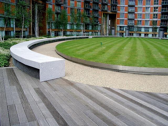 The 25 best plastic garden edging ideas on pinterest for Bordure jardin metal