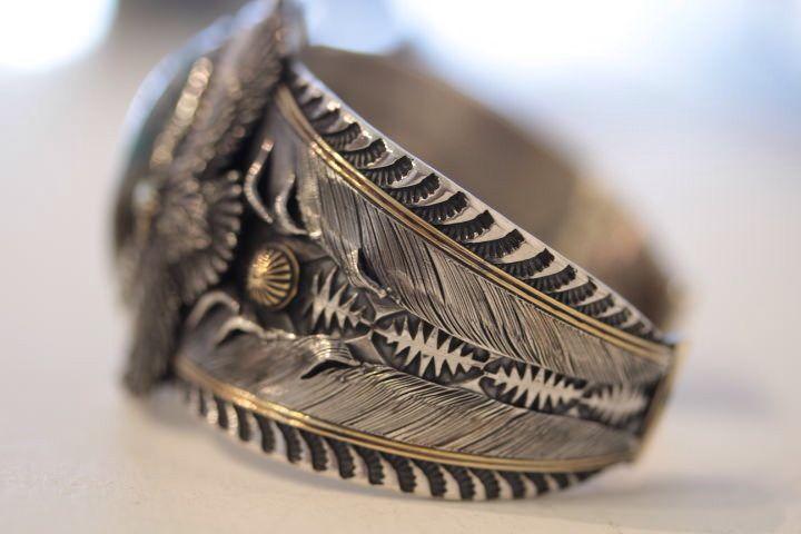 ホリゾンブルー ニューモデル オーダーバングル  #horizon #horizonblue #handmaid #eagle #feather #turqoise #TAKA #tターコイズジュエリー #bangle #instacoolpicture #ターコイズ #バングル #イーグル #フェザー #イーグルバングル #フェザーバングル #silversmith #jewelry